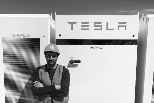 Ross Purdy tesla mobile banner image